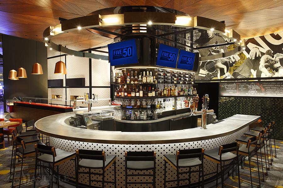 ARIA - FIVE50 - Interior bar (hires)