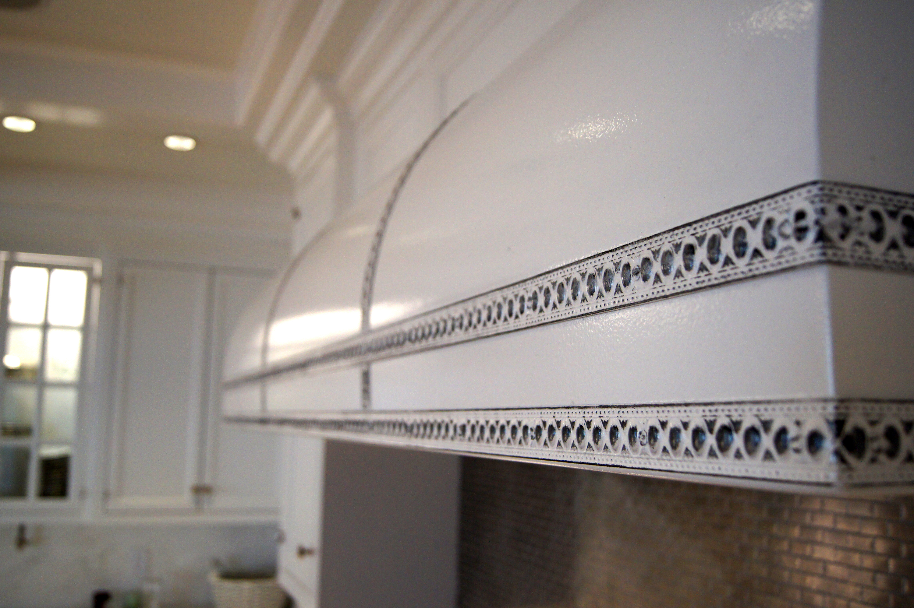 South Hampton - Cast Zinc Range Hood_detail